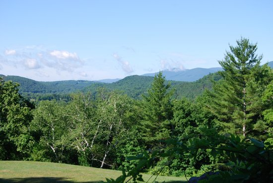 Wilburton Inn : view from the patio