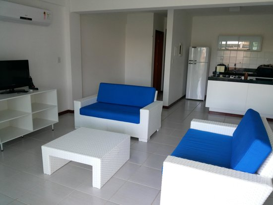Praia de Subaúma, BA: Sala com 2 ambientes (estar e jantar)