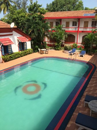 Anjuna Beach Resort: Pool is Extremely Refreshing!