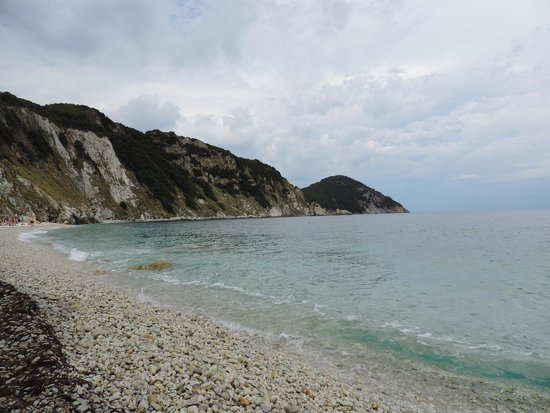 Sansone foto di spiaggia di sansone portoferraio for Acque pure italia recensioni