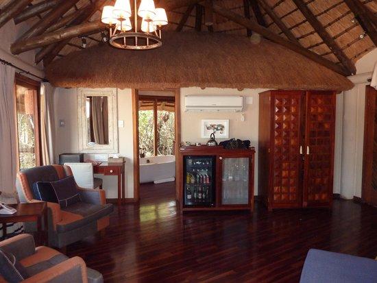 Ulusaba Safari Lodge: River room 1