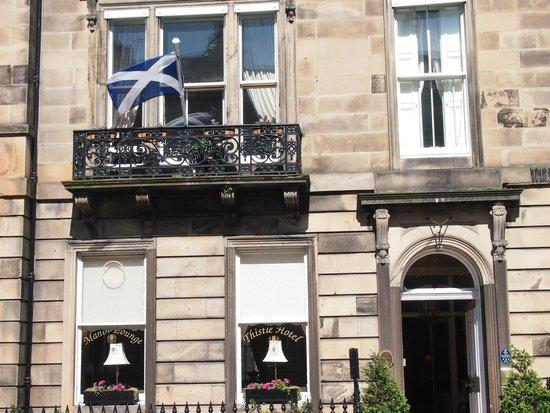 Edinburgh Thistle Hotel: The suite balcony
