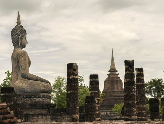 Legendha Sukhothai: View from the archaeological part next door