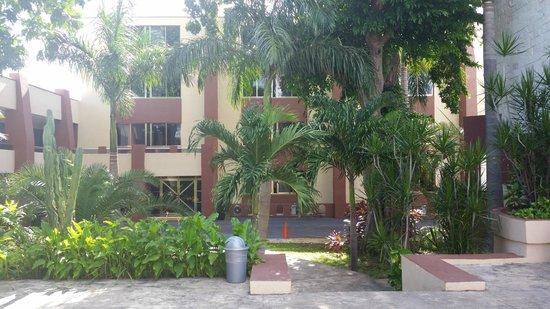 Hotel Plaza Mirador: Vista dalla piscina