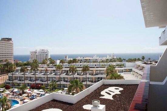 Iberostar Las Dalias: Widok z balkonu 6 piętro od strony basenu