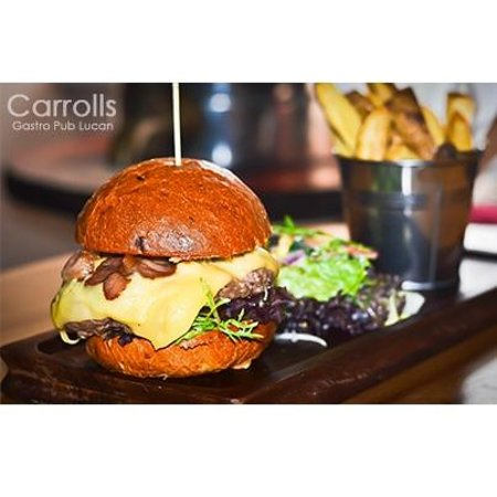Carrolls Gastro Pub Lucan: Burger and Chips