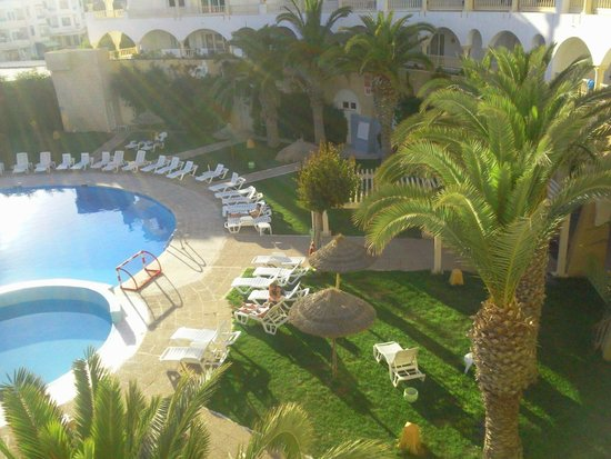 Delphin Ribat: coté piscine en terrasse,3e etage