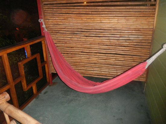 Hotel Blue Conga : The hammock, on the other side is table and chairs