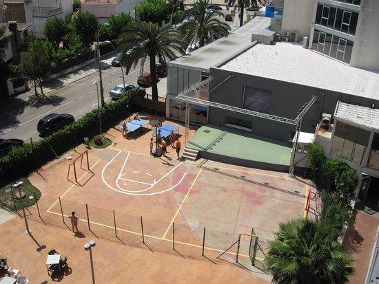 Nuba Hotel Coma-ruga: Zona polideportiva