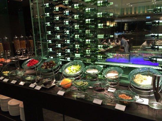 The Mira Hong Kong: Buffet breakfast