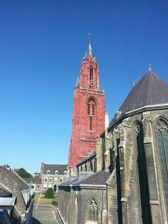 Haas op het Vrijthof: wonderful view of the old churches