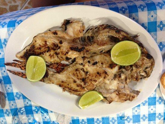 LA Bahia del Caribe: 500 gram lionfish dish.  Yum.