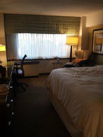 Sheraton Stamford Hotel: King Room