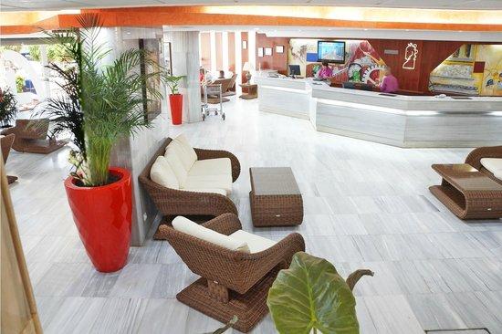 Hotel Troya: RECEPCIÓN