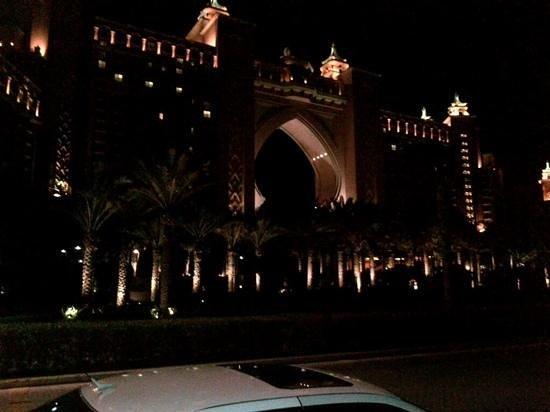 Atlantis, The Palm: the atlantis at night
