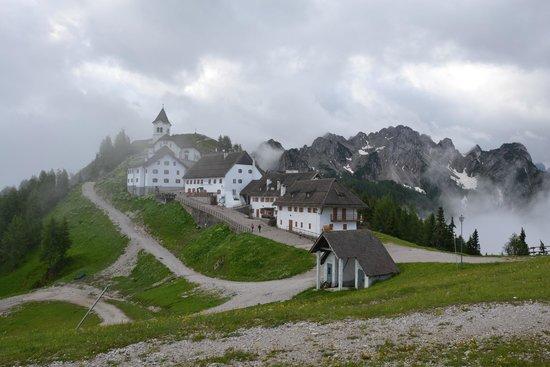 Mt Lussari: Santuario Monte Lussari