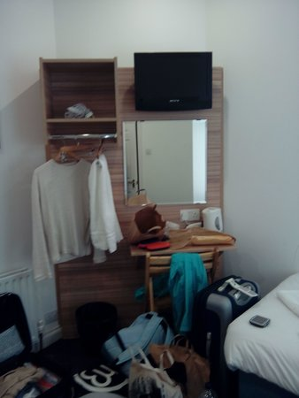 Botanic Rest: twin room