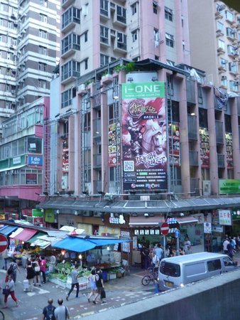 Langham Place : busy street