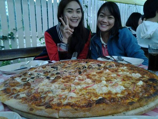 Pizza n Pasta: my wife's sister and friend