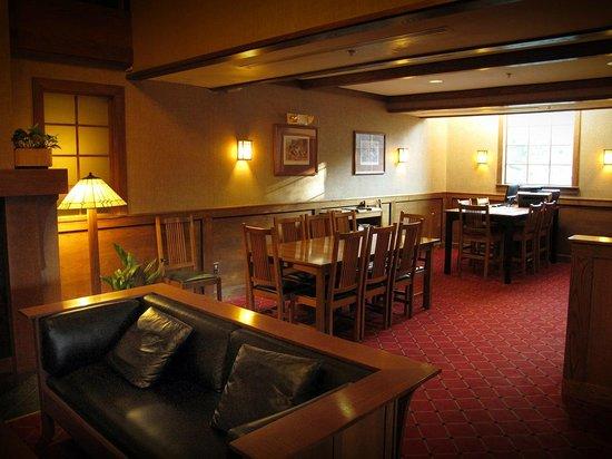 Craftsman Inn: Hotel Decor