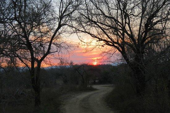 Mpila Camp : sunset over Bhekapanzi