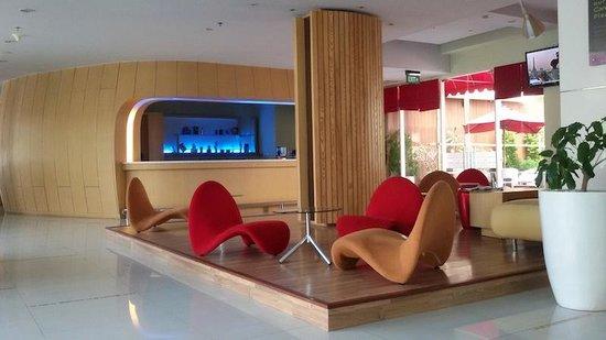Ibis Styles Yogyakarta: unique design lobby