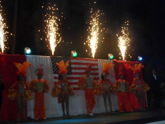 Sunscape Dorado Pacifico Ixtapa : Celebracion del 4 de Julio, USA