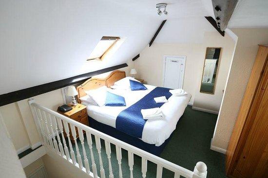 Gatwick Corner House Hotel: double