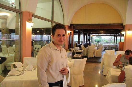 Atrium Palace Thalasso Spa Resort & Villas: Kostas!!!!