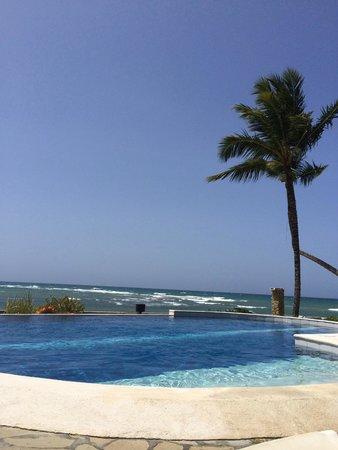 Velero Beach Resort: View from the pool