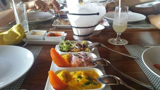 Lima 12 05 Peruvian Cuisine & Steak House: Ceviches