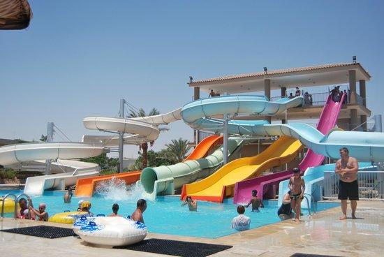 The Desert Rose Resort : Хороший аквапарк