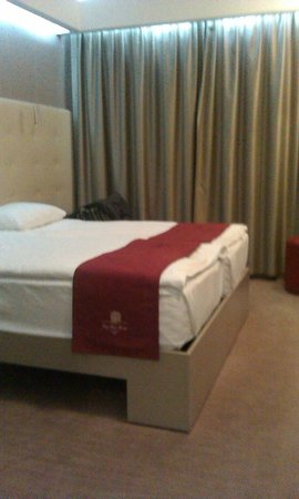 City Park Hotel: Bed room