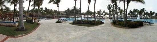 Barcelo Maya Tropical: pool