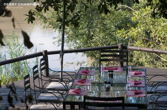 Waterbuck Game Lodge: Dinning on the Deck