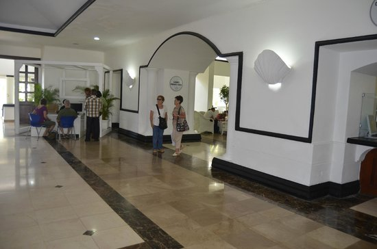 Be Live Experience Hamaca Garden: Холл