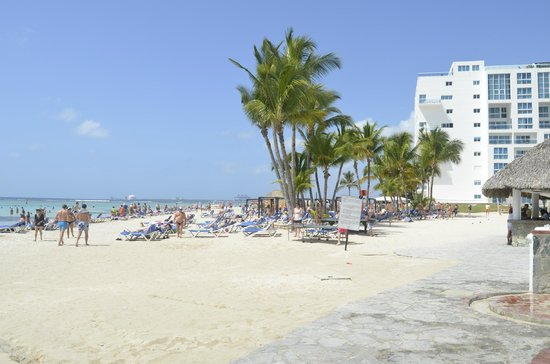 Be Live Experience Hamaca Garden: Пляж