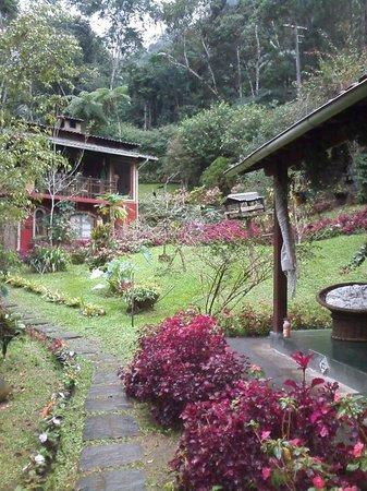 Pousada Serra da Mata: Jardim
