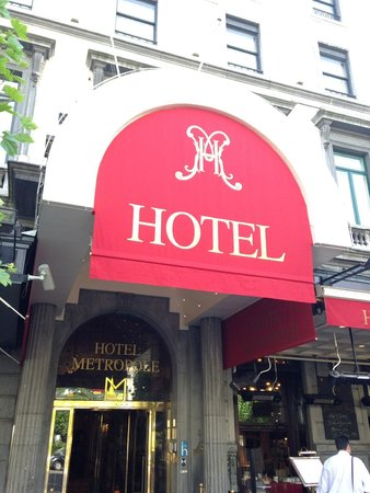 Hotel Metropole Entrance