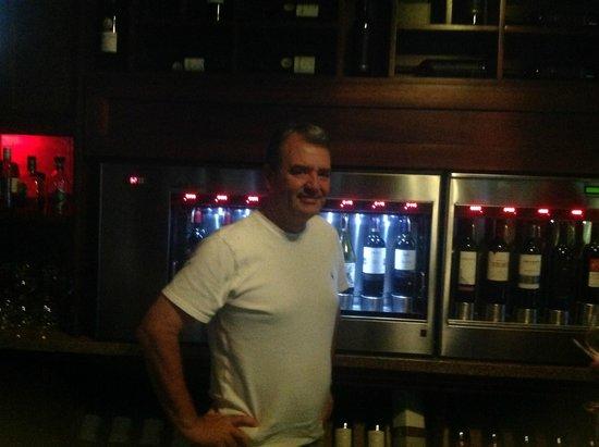 Nayara Resort Spa & Gardens: The Wine Bar at Nayara