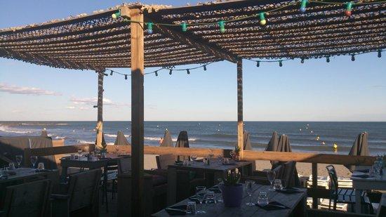 terrasse picture of la playa saintes maries de la mer tripadvisor. Black Bedroom Furniture Sets. Home Design Ideas