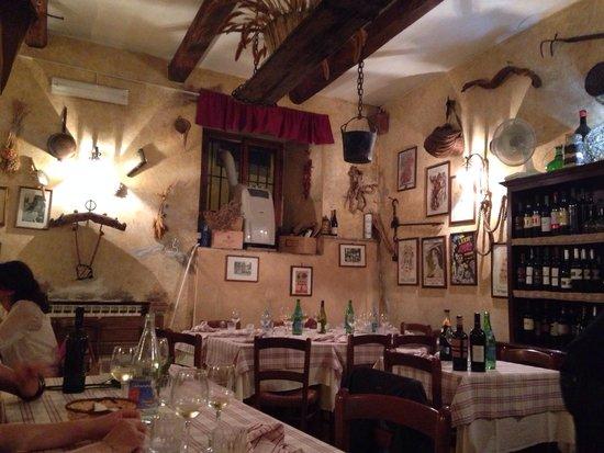 Cantina Colonna: Il locale!