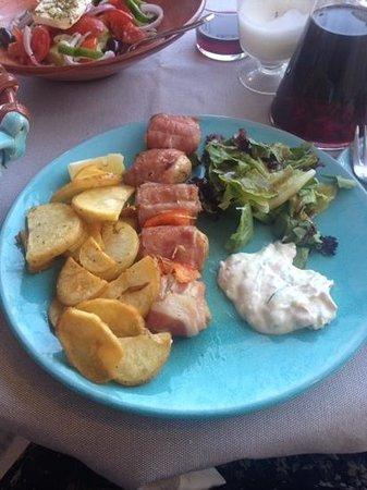 Εστιατόριο Μέδουσα: chicken kebab