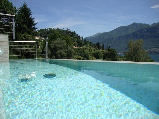 Hotel Belvedere Bellagio: infinity pool