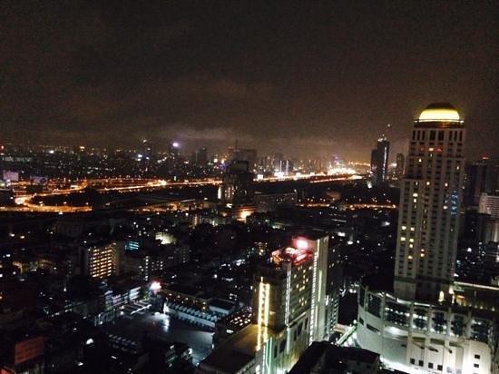 Amari Watergate Bangkok: View from L32 bar