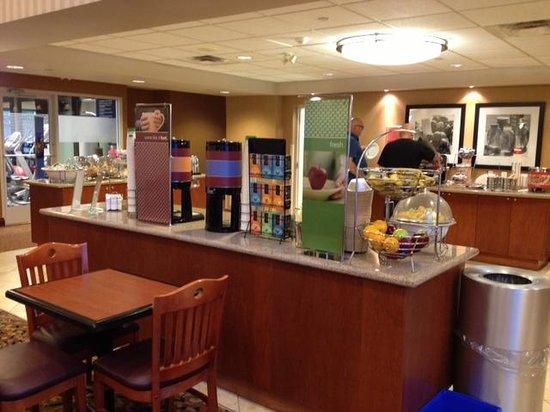 Hampton Inn & Suites by Hilton Kitchener: Breakfast nook