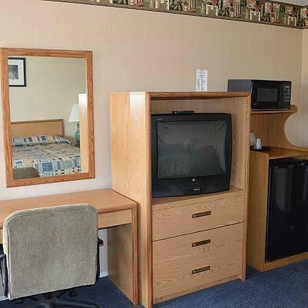 Gateway Inn: Guest Room