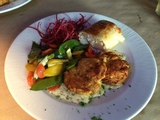 Snappers Sea Grill : Crab Cakes