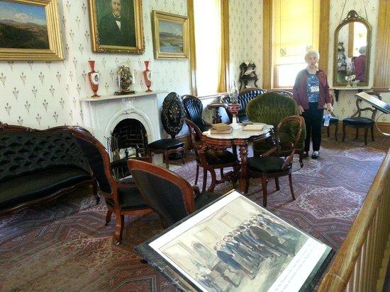 Ulysses S. Grant Home: Georgi in the main salon