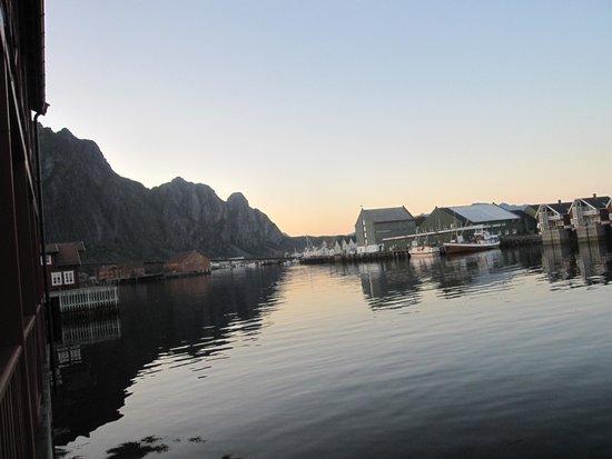 Scandic Svolvaer: Utsikt fra verandaen vår, sen kveld